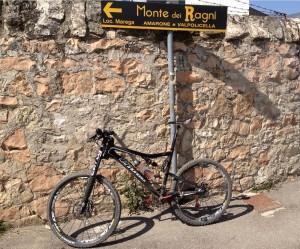 Ascesa a Località Marega / Monte dei Ragni